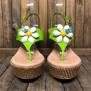 Miss Tina green white butterfly woven wedges 8.5